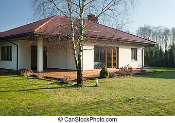 Single-family home - Beauty single-family home on sunny day