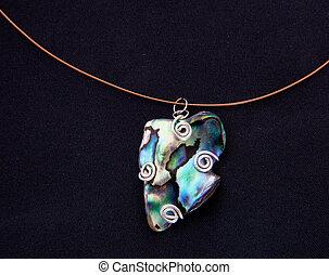 Single Paua shell as pendant