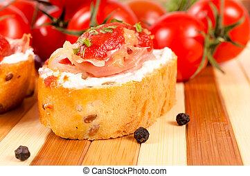 Single small sandwich