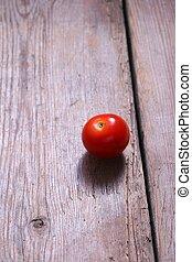 Single Tomato