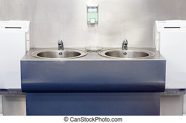 Sink for cleaning hand