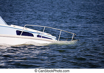 Sinking Pleasure - Sinking plesure craft