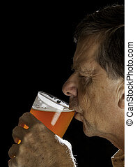 sipping, verre, bière, personne agee, pinte, homme