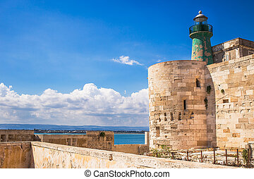 Siracusa fortress - Fortress lighthouse in Siracusa, Sicily.