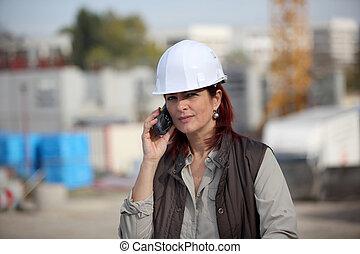 site, construction, architecte, femme, faisant option achat