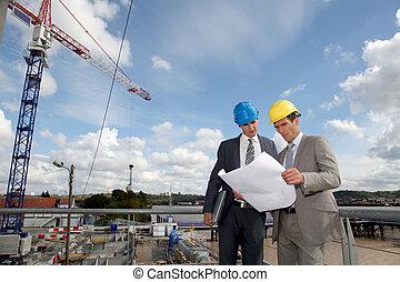 site construction, ingénieurs
