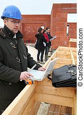 site construction, promoter, sous