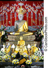 sitting Buddha in the ancient temple