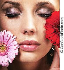 skönhet, brunett, med, blomningen