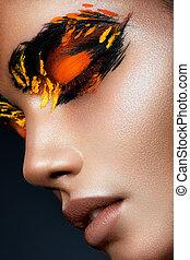 skönhet, sätt modellera, flicka, med, mörk, lysande, apelsin, smink