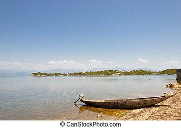 Skadarsko blue lake - Montenegro