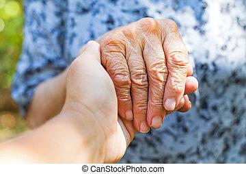 skakande, äldre, hand