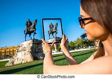 skanderbeg, turista, fotografare, monumento