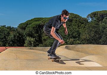 skateboarder, képben látható, egy, pumpa, útvonal, liget