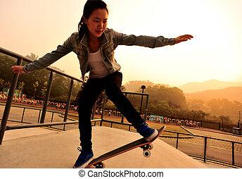 skateboarding, nő