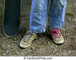 skater feet - skateboard feet and board