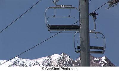 Ski Lift at Mount Hood, Oregon, zoom out