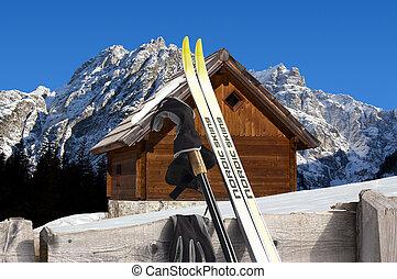 montagne chalet italie hiver alpes chalet italie hiver bois neige couvert cr tes. Black Bedroom Furniture Sets. Home Design Ideas