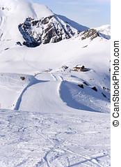 Ski run and hut in Alps - Zillertal Alps in Austria, ski...