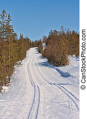 Ski track cross-country skiing - Freshly groomed empty...
