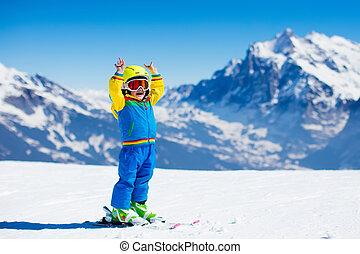 ski, und, schnee, spaß, für, kind, in, winter, berge
