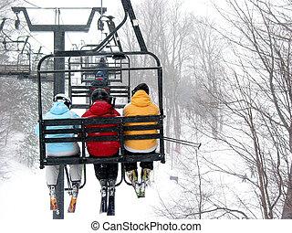 skidåkare, på, chairlift