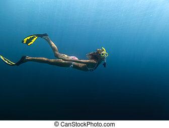 Skin diving in the ocean