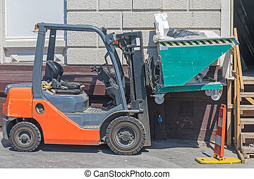 Skip Container Forklift - Forklift Truck With Skip Container...