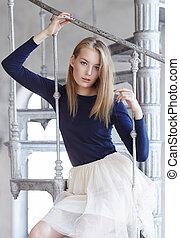 skirt., biały, kobieta, młody, blond