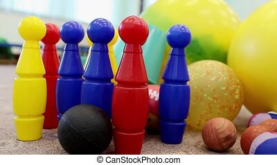 skittles - Miniature bowling-alley