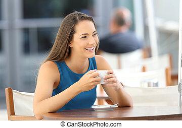 sklep, kawa, kobieta przeglądnięcie, zaufany, bok