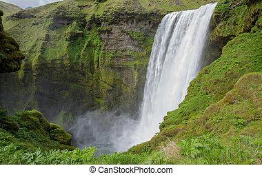 Skogafoss waterfall - Middle height view of skogafoss...