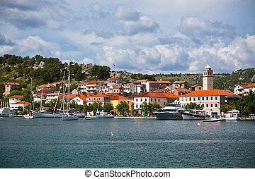 skradin, gleichfalls, a, klein, historisch, stadt, in, kroatien