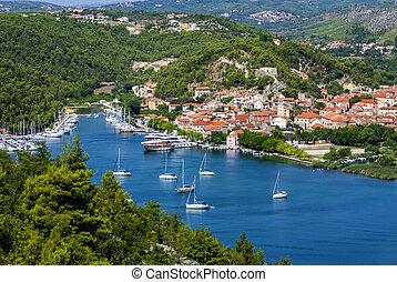 skradin, -, klein, stadt, auf, adria, kueste, in, kroatien, an, der, eingang, in, krka, nationalpark