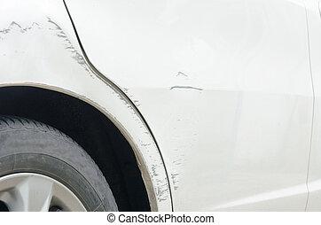 skrapet, bil