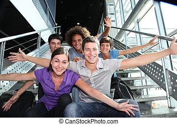 skupina, o, šťastný, young people, v, univerzita