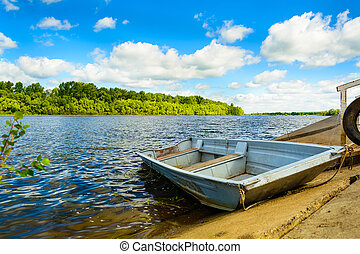 sky., ∥それ∥, 曇り, 川, ボート, perfect., 緑の森林, minimalistic, 横, 風景, 冷静