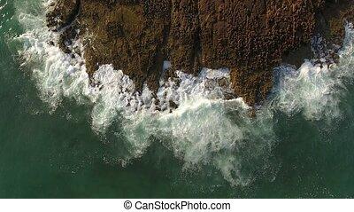 sky., contre, éclaboussure, rocks., vagues, mouvement, vue