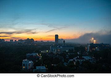 sky., coucher soleil, vue, bâtiments, nuageux, résidentiel