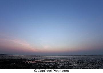 sky twilight in the sea on evening.