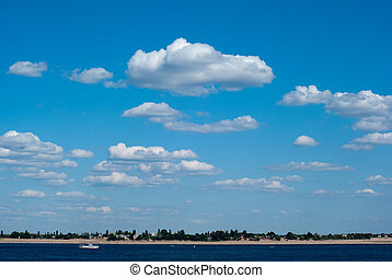 sky with clouds ander the river