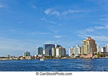 skyline of Fort Lauderdale from the canal - skyline of Fort...