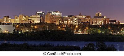 Skyline of Regina, Saskatchewan - Skyline of Regina at ...