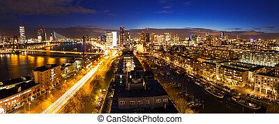 Skyline,  Rotterdam, nat