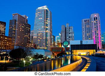 San Francisco - Skyscrapers in San Francisco at night
