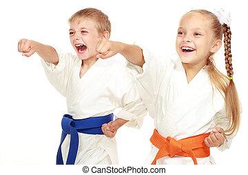 slaan, jongen, meisje, kimono, hand