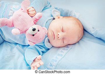 slapende, baby met, speelbal, beer