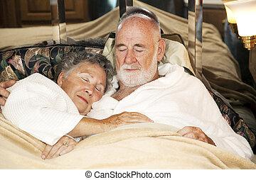 slapende, paar, senior