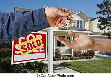sleutels, thuis, het overhandigen, nieuw
