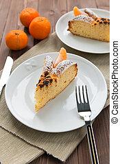Slice of cake to the Mandarin